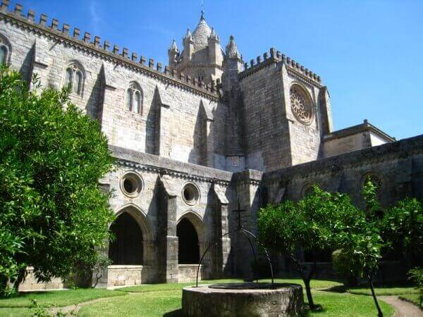 Inner courtyard of the Cathedral of Evora