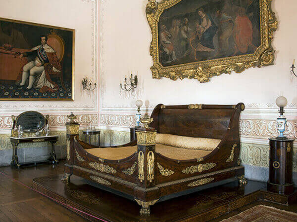 King room in Mafra National Palace